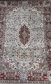 Carpet Persian Beige and Red (2.2 x 1.6m)
