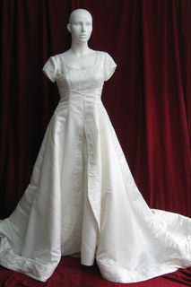 Wedding Dress Cream Satin Cap Sleeves sz. 14-16 45320091