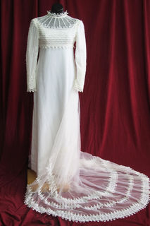 Wedding Dress Simple Line Long Train sz. 10 45328527 70s