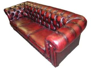 Red Leather Chesterfield Sofa #04 (0.82m x 2.17m x 0.96m)