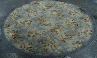 Rug Floral Round Blue/Grey/Red/Green Design (1.40m x 1.40m)