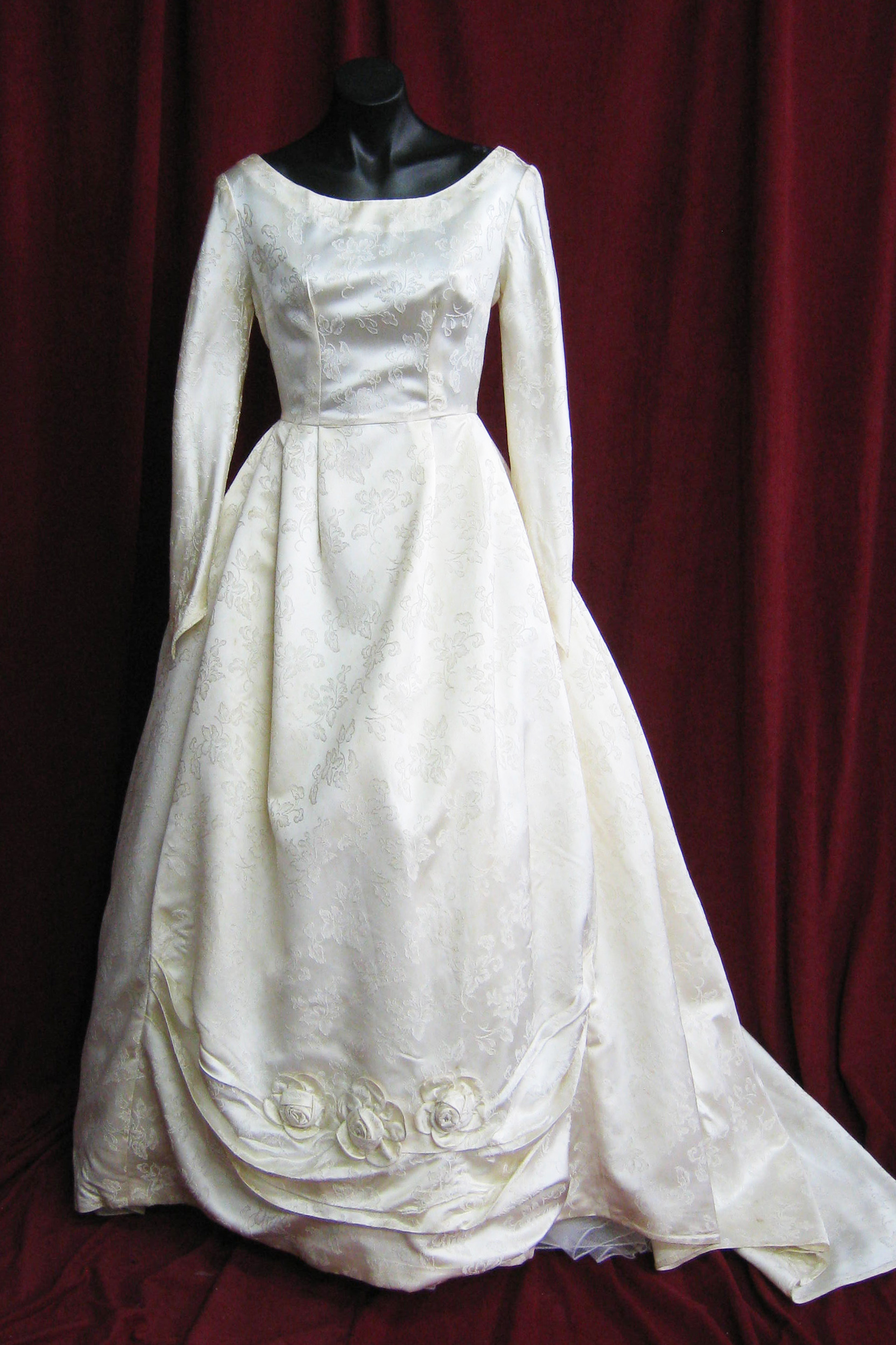 Wedding Dress 1950s Cream Brocade Full Skirt 50s sz. 10
