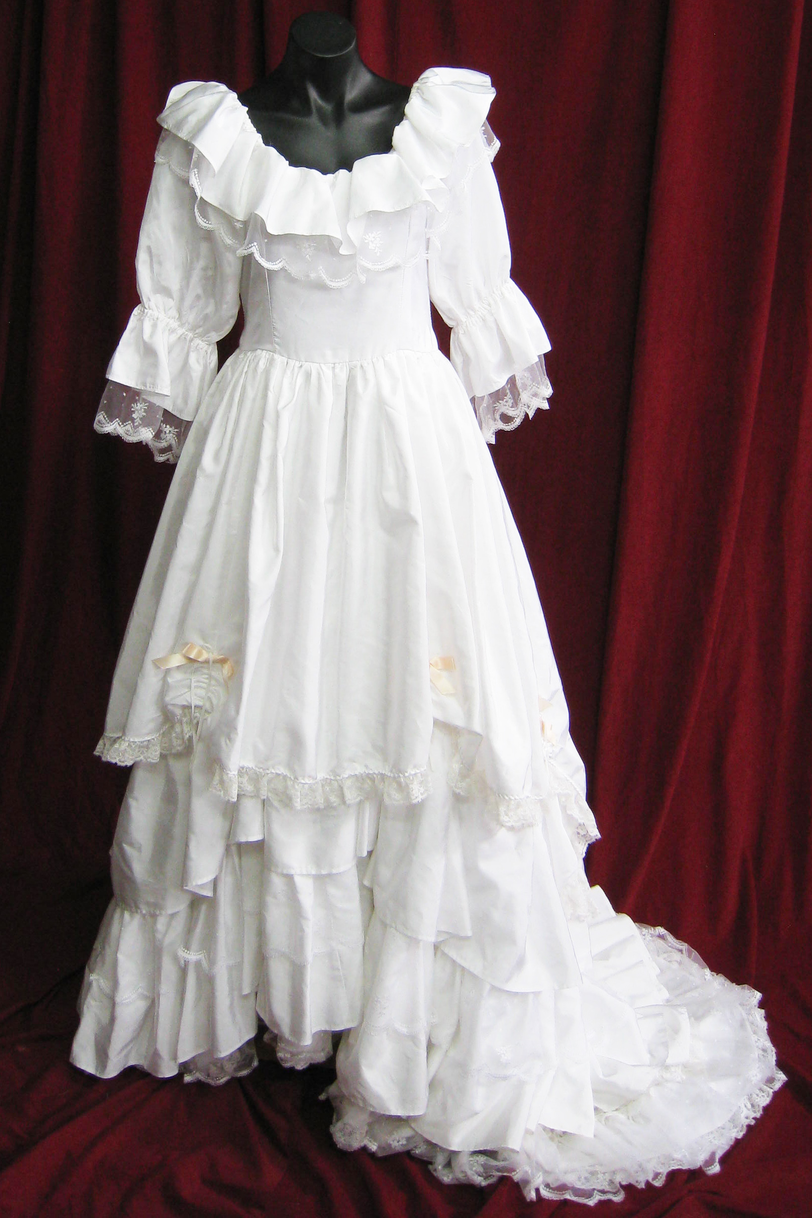 Wedding Dress Frills at Neck Layered Skirt sz. 12 45320067