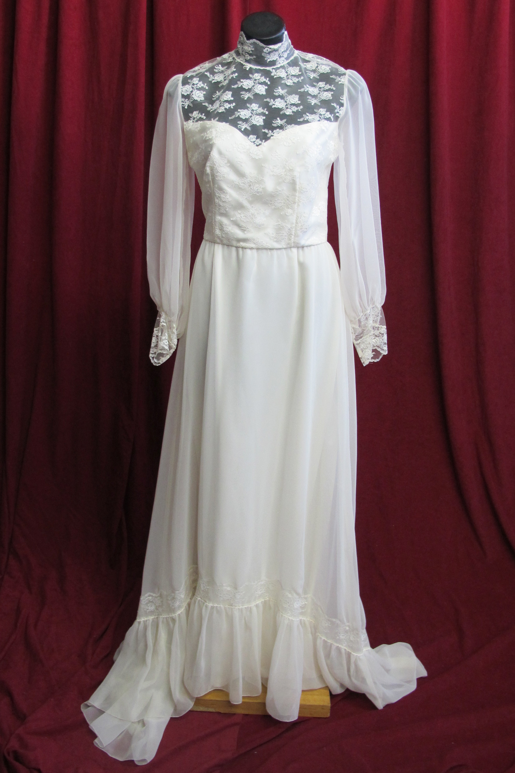 Wedding Dress High Lace Neck sz.12 45320120