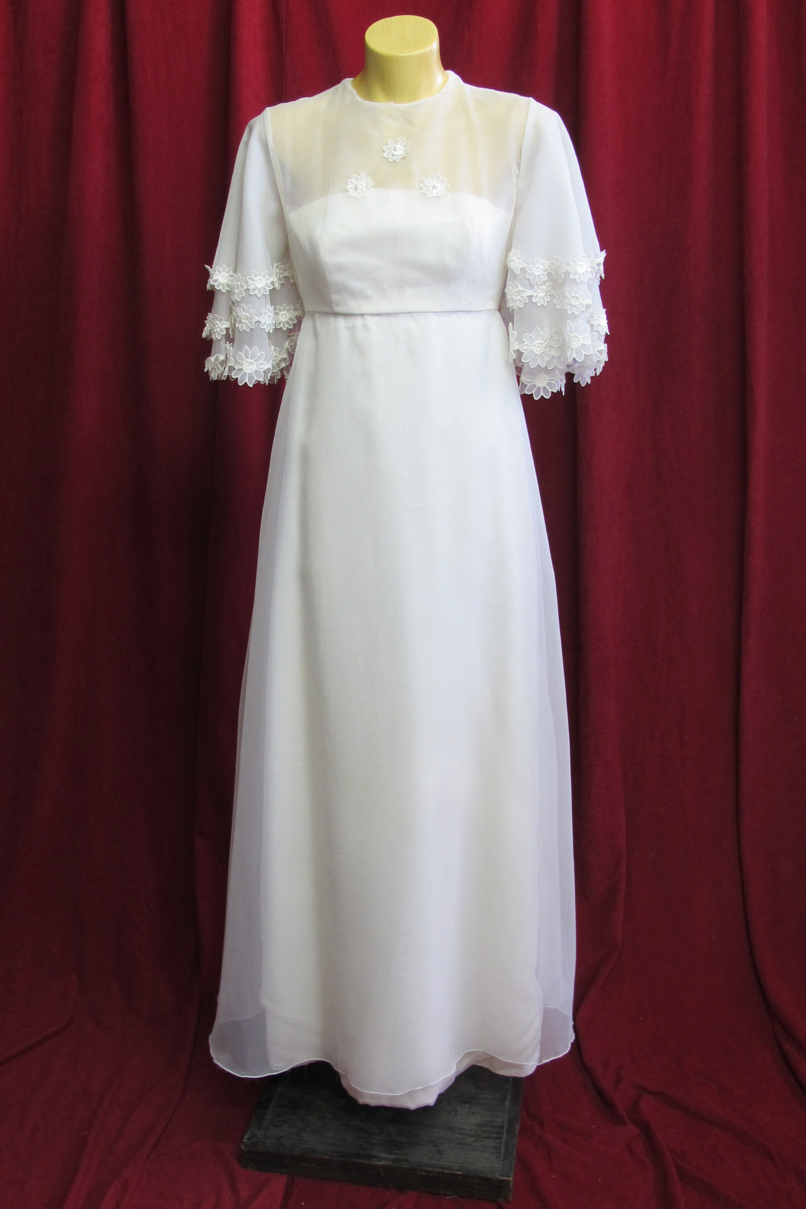 Wedding Dress 1960s High Neck Flower Detail sz.8 45320144