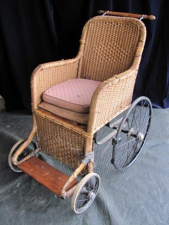 Wheelchair (h) Old Wicker