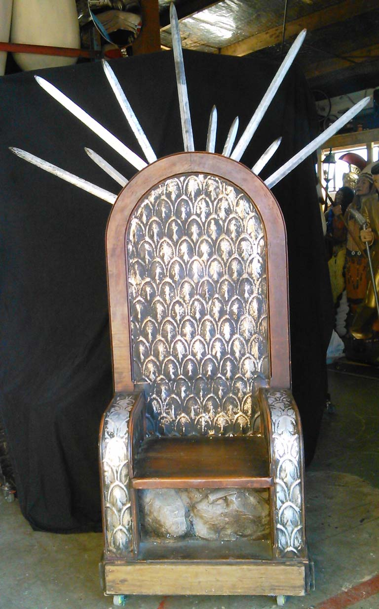 Curved Back Silver Throne (with or without Game Of Thrones swords)    Swords are $20 extra