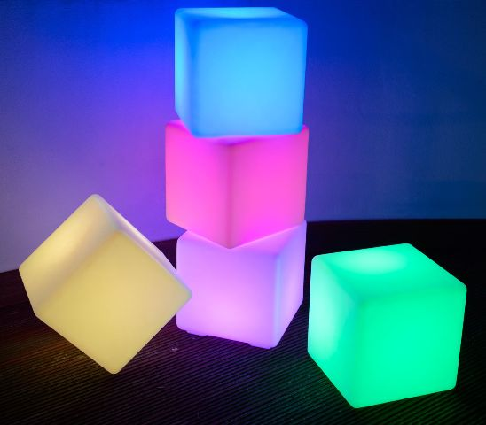 Cube LED Light up 50 x 50 x 50cm (battery powered) 4 in stock.